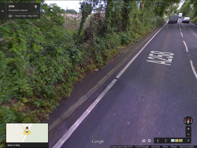 Start of pavement near collision location on A258 at Ringwould